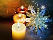 Küünlad jõulu vaikuses